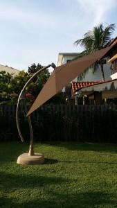 Alfresco Overhang Arch Parasol Octagon