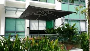 Alfresco Overhang Parasol Square_02a